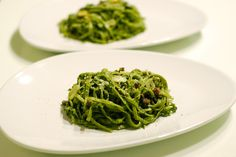 Spinach Linguine with Basil/Cilantro Pesto... talk about going green!