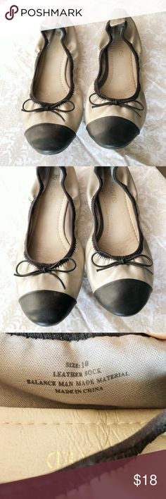 Ballet flat with toe cap Pewter & Black, leather ballet flats. Good condition, the back of the right shoe has slight discoloration (it's my driving foot!) but leather in excellent condition - no cracking or peeling. Soles in perfect condition. Comes with original box. Restricted Shoes Flats & Loafers
