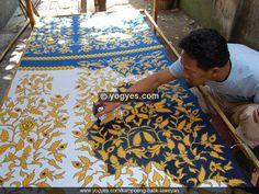 KAMPOENG BATIK LAWEYAN - Exploring the Exotic Batik Village.Batik processing.