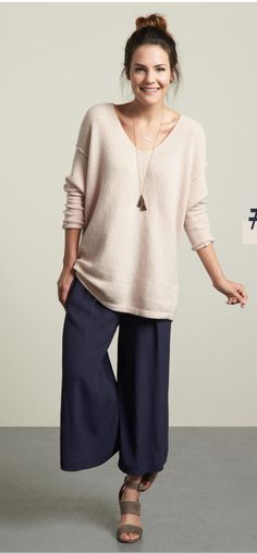 Love this casual but put together look!