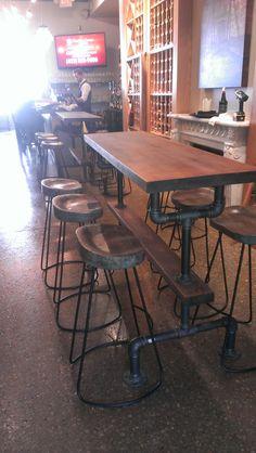 49 Ideas For Farmhouse Table Setting Industrial - Farmhouse table Industrial Interiors, Industrial Table, Industrial Farmhouse, Farmhouse Design, Modern Industrial, Industrial Furniture, Industrial Closet, Industrial Bookshelf, Industrial Windows
