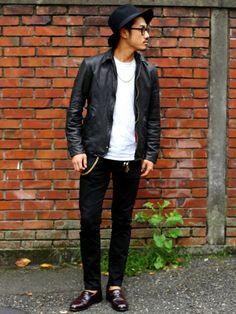 schottのライダースジャケット「Schott/ショット/STAR & STRIPE GOAT SHIRT/スター ストライプ ゴートシャツ」を使ったissei morita(販売本部EC課)のコーディネートです。WEARはモデル・俳優・ショップスタッフなどの着こなしをチェックできるファッションコーディネートサイトです。
