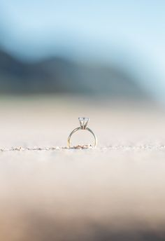 Engagement ring photo ideas on the beach in Hawaii Engagement Annoucement, Engagement Announcement Photos, Engagement Ring Pictures, Wedding Ring Pictures, Beach Wedding Photos, Engagement Photo Poses, Beach Wedding Photography, Engagement Couple, Fotos Strand