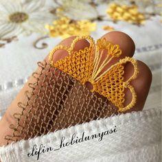 Moda Emo, Bridal Blouse Designs, Piercings, Needle Lace, Jewelry Photography, Needlework, Cuff Bracelets, Gold, Instagram