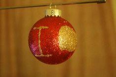 DIY: BBC Sherlock IOU glitter christmas ornament