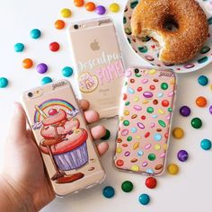 Um final quinta-feira mais doce &é mais feliz para você! {cases: cupcake colorido desculpa a fome e confeites}  [FRETE GRÁTIS A PARTIR DE DUAS GOCASES]  #gocasebr #instagood #iphonecase #phonecase #donuts #cupcake #doce #eat #voudegocase