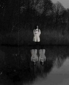 Creepy Old Photos, Creepy Pictures, Baby Blue Wallpaper, Black Wallpaper, Scary Wallpaper, Horror Photography, Dark Photography, Aesthetic Images, Aesthetic Grunge
