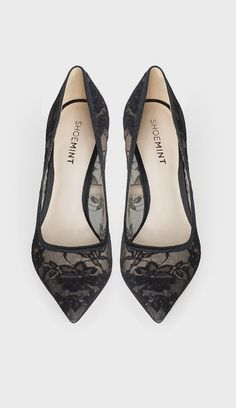 Black Lace Pumps ♡ by ShoeMint Black Lace Shoes, Lace Flats, Lace Heels, Shoes Heels, Pretty Shoes, Beautiful Shoes, Cute Shoes, Me Too Shoes, Style Classique