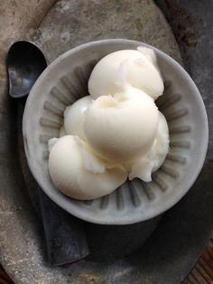 This may sound crass, but I have yet to find a lemon sorbet from the grocery store whose flavor doesn't remind me of cleaning fluid. Luckily, lemon sorbet is an easy dessert to make at home, and it's so worth it. You don't even need an ice cream maker to get good results.