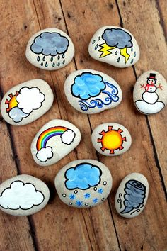 These weather story stones are a DIY toy designed for story-telling prompts and for narrative play. Story stones are fun and so easy to make plus your kids can enjoy them for years! Rock Painting Ideas Easy, Rock Painting Designs, Diy Gifts To Sell, Crafts To Sell, Diy Gifts Cute, Fun Diy, Stone Painting, Diy Painting, Diy Gifts For Christmas