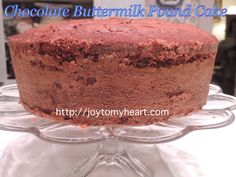 Chocolate Buttermilk Pound Cake is our favorite, especially if you're a chocolate lover. Chocolate Buttermilk Pound Cake Recipe, Cakes Made With Buttermilk, Almond Pound Cakes, Cream Cheese Pound Cake, Easy Pound Cake, Pound Cake Recipes, Southern Pound Cake, Roasted Pecans, Cupcake Cakes