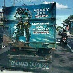 Sebelum nurutin hobi jangan lupa lunasin hutang ya bosque! Foto: @indotruckass  #jiwalaki #indotruckass