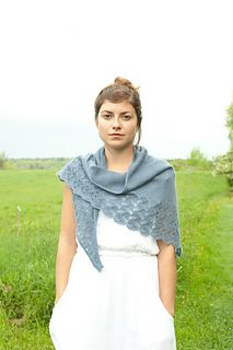 eudora shawl by Pam Allen Shawl Patterns, Knitting Patterns, Knitting Ideas, Knit Or Crochet, Lace Knitting, Mori Girl Fashion, Knitted Shawls, Knitted Scarves, Creation Couture