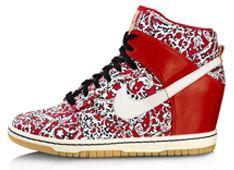 sleehak sneaker! Nike Dunk Sky High.