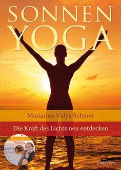Licht ist ein lebendiges Wesen und Sonnenyoga ein umfassendes Programm, dem Körper Pflege, Nahrung und Energie voller Sonnenkraft zukommen zu lassen - eine Quelle für Wohlgefühl und klares Bewusstsein. Zum Sonnenyoga gehören Körperübungen, das Sonnengebet und Asanas.  Inkl. einer Mantra-CD von den renommierten Kirtan-Sängern Satyaa und Pari.#yoga