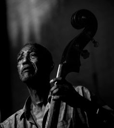 Jazz legend Edward Rudolph 'Butch' Warren was once the Blue Note Reccors house bassist in New York in the 60s where he recorded with Jazz giants like Miles Davis, Herbie Hancock, and Thelonious Monk. Despite this early success, Butch spent most of his life struggling with mental illness, substance abuse, poverty and homelessness. He plays his bass during his last performance during a jazz tribute held to honor his accomplishment. Shortly after Butch died of lung cancer.