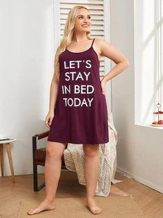 Robe de pyjama avec motif slogan | SHEIN Satin Pyjama Set, Satin Pajamas, Pajama Set, Mens Pants Size Chart, Stay In Bed, Slogan, Tank Tops, Fashion, Button