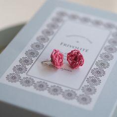 薔薇のピアス 作品詳細 | Naturalknit ecru | ハンドメイド通販 iichi(いいち)