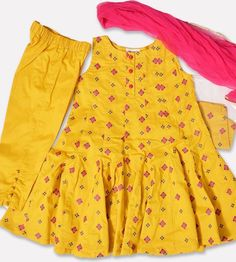 Baby Girl Frocks, Baby Girl Party Dresses, Frocks For Girls, Girls Dresses Sewing, Stylish Dresses For Girls, Toddler Girl Dresses, Kids Dress Wear, Kids Gown, Kids Frocks Design