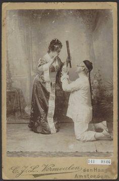 """Mina Buderman en J.Ph. Kelly in de operette """"de Geisha"""""""