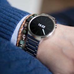 Hypnon Helmet pääsi tutustumaan älykkääseen seuraan - Huawei Watch. Fashion Beauty, Men's Fashion, Huawei Watch, Android Wear, Smartwatch, Helmet, Watches, Clothes, Pearls