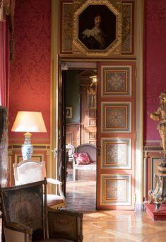36 Nice Eclectic Parisian Home Decoration Ideas Informations About 36 Nice Eclectic Parisian Home De French Interior Design, Antique Interior, English Interior, French Interiors, Elegant Home Decor, Elegant Homes, French Decor, French Country Decorating, Chateau De Maintenon