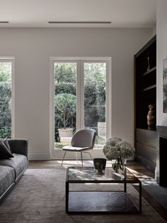 Melbourne residence by flack studio photo by brooke holm sty Small Living Room Design, Living Room Lounge, Living Room Interior, Living Room Designs, Living Spaces, Living Rooms, Family Rooms, Living Room Remodel, Apartment Living