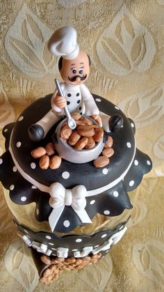 kit de potes de mantimentos decorados com biscuit.  A cor fica a critério do cliente. Diy Home Crafts, Clay Crafts, Polymer Clay Projects, Clay Jar, Fimo Clay, Bible Cake, Happy Anniversary Cakes, Birthday Presents For Friends, Diy Mod Podge