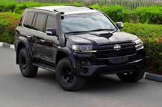 Land Cruiser 200, Fj Cruiser, Toyota Land Cruiser, Toyota Lc, Toyota Hilux, Suv Cars, Sport Cars, Best Off Road Vehicles, Lexus Lx470