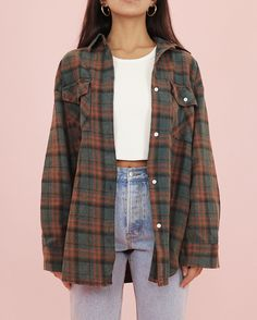 Flannel Jahre Flanell - Cry B. hipster outfits that will make you look great 14 ~ Lightweight Dolman Pullover Sweater Buy Melon Juice Mock Two-Piece Striped Sweatshirt Cute Casual Outfits, Retro Outfits, 90s Style Outfits, Cute Vintage Outfits, Cute Grunge Outfits, Simple School Outfits, 90s Inspired Outfits, Cute Outfits For Girls, Cute Camping Outfits