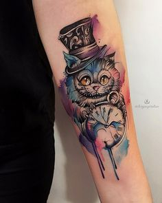 Alice In Wonderland Tattoo Tattoo Drawings, Body Art Tattoos, New Tattoos, Tatoos, Shadowhunter Tattoo, Alice And Wonderland Tattoos, Wonderland Alice, Wonderland Party, Cheshire Cat Tattoo