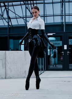 Ballet Boots, Ballet Heels, Shoe Boots, Shoes, Fetish Fashion, Latex Fashion, Dark Fashion, Purple Outfits, Sexy Outfits
