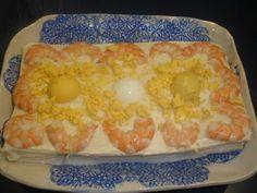 Pastel frío de atún y langostinos con pan de molde
