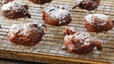 Bake With Anna Olson TV Show recipes on Food Network Canada; your exclusive source for the latest Bake With Anna Olson recipes and cooking guides. Pudding Desserts, Apple Desserts, Apple Recipes, Just Desserts, Sweet Recipes, Dessert Recipes, Apple Fritter Doughnut Recipe, Beignets, Baked Doughnuts