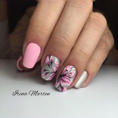 Bright manicure: photo of beautiful nails 2019 Nail Art Designs, Bright Nail Designs, Flower Nail Designs, Manicure Rose, Short Nail Manicure, Short Nails, Teen Nails, My Nails, Salon Pictures