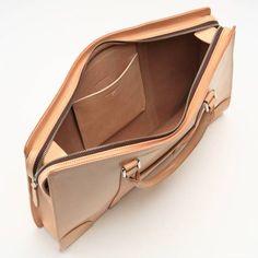 handbags and purses leather Leather Laptop Bag, Leather Briefcase, Leather Tooling, Leather Purses, Leather Handbags, Leather Wallet, Fashion Handbags, Tote Handbags, Fashion Bags