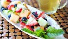Фруктовые салаты с клубникой