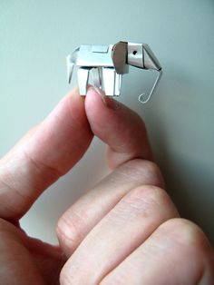 Tiny Elephant: Handmade of folded aluminum, only 2 cm tall !