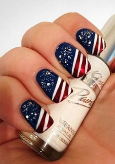 Fireworks Patriotic Nail Art - by Love This Pic  --  http://www.lovethispic.com/image/78799/patriotic-nails