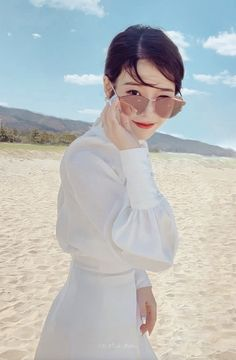 (notitle) The post appeared first on Hair Styles. Korean Actresses, Korean Actors, Korean Idols, Korean Celebrities, Celebs, Luna Fashion, Korean Blouse, Pretty Korean Girls, Sulli