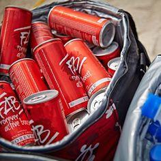 Tehnologie ADX7 - metoda brevetata pentru obtinerea amestecului de plante adaptogene, vitamine, aminoacizi si electroliti. Guarana este un stimulent natural Efectul energizant este amplificat de amestecul brevetat de plante adaptogene Coca Cola, Opportunity, Abs, Drinks, Plant, Drinking, Crunches, Beverages, Drink
