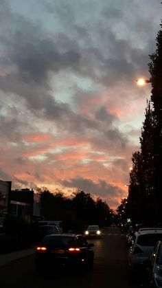 SKY / SUNSET #sunset #skies #sky #love #mood #pink #purple # lovely #pornsky #baddie #sun #cloudy #cloud #love #pin #pinners #pinner #boys #girls #iphone #samsun #blog #fashion #friend #car #cars #road #tree