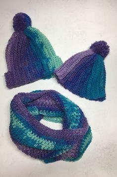 Czapki i szalik dziergane na szydelku / crochet hats and cowl Crochet, Blog, Fashion, Moda, Fashion Styles, Ganchillo, Blogging, Crocheting, Fashion Illustrations