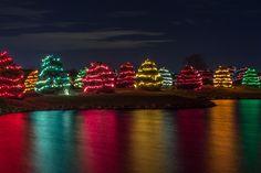 Lights lining the drive | Wilderness Ridge, Lincoln, NE