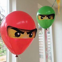 Plus gratis printables! Ninja Birthday, 4th Birthday Parties, Lego Parties, Ninjago Party, Lego House, Lego Friends, Diy And Crafts, Decoration, Lego Lego