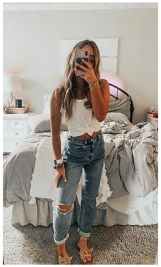 Trendy Summer Outfits, Cute Casual Outfits, Stylish Outfits, Casual Teen Style, Casual Jeans, Casual Chic, Winter Outfits, Cute Outfits With Leggings, Comfy Casual