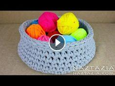 Knitting Patterns Yarn DIY Learn How to Make T-Shirt Yarn & Crochet a Basket (TShirt, T Shirt, Tarn, Trapillo, Zpagetti) Finger Knitting, Arm Knitting, Knitting Patterns, Crochet Patterns, Crochet Bowl, Crochet Yarn, Yarn Projects, Crochet Projects, Tee Shirt Fila