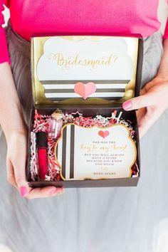 42 Creative 'Will You Be My Bridesmaid' Ideas | HappyWedd.com