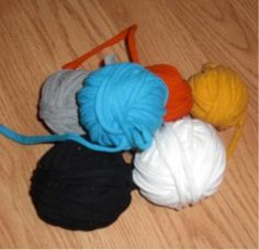 How To Make T Yarn From Old T Shirts