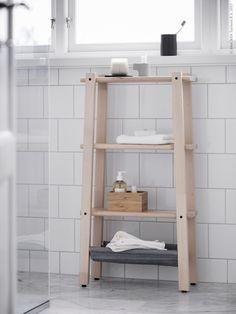 Only Deco Love - Scandinavian small bathroom inspiration Asian Bathroom, Natural Bathroom, Ikea Bathroom, Wood Bathroom, Diy Bathroom Decor, Bathroom Furniture, Bathroom Interior, Bathroom Small, Simple Bathroom